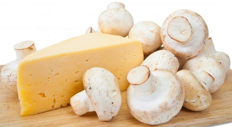 Šampinjoni s sirom na žaru
