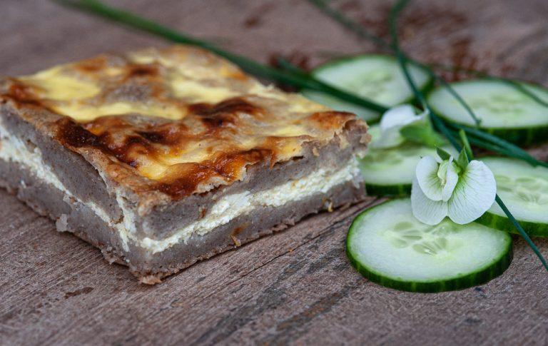 AJDOV POTANCELJ, tradicionalna dolenjska jed, pripravljena s skuto