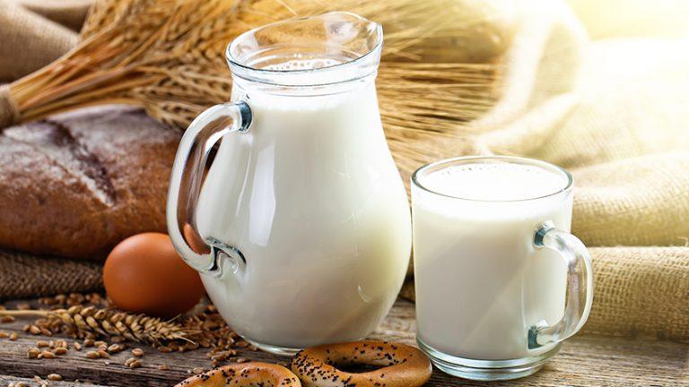 Pasterizacija, UHT, homogenizacija mleka – kaj postopki pomenijo?